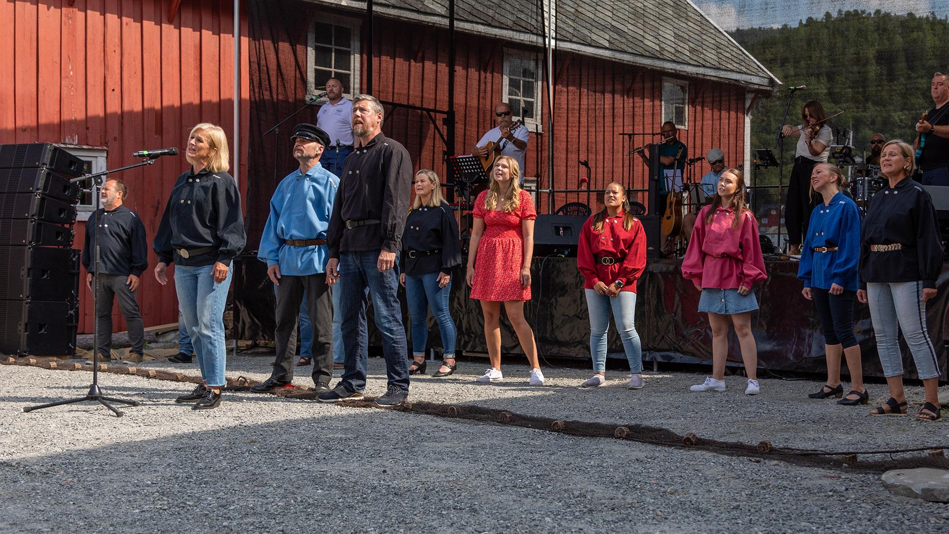 Åpning nytt amfi i Råkvåg 2021